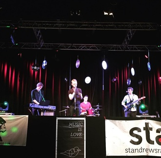 STAR MiL Live Lounge on stage november 2015
